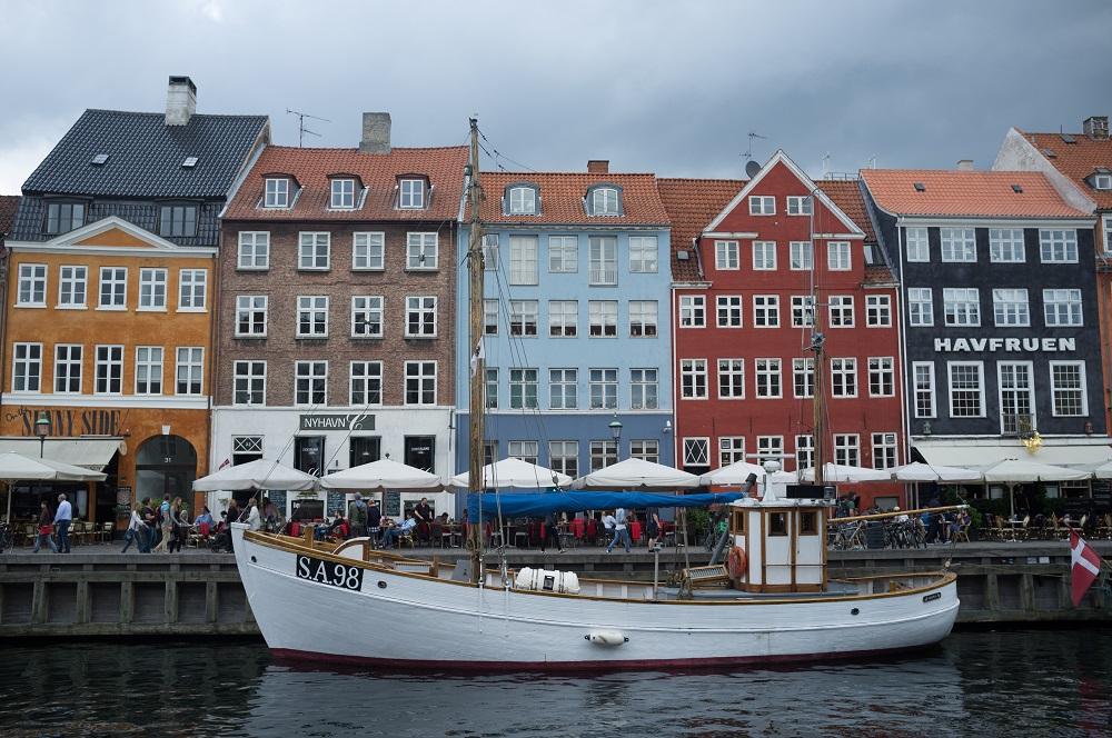 De gekleurde pakhuizen aan de Nyhavn te Kopenhagen