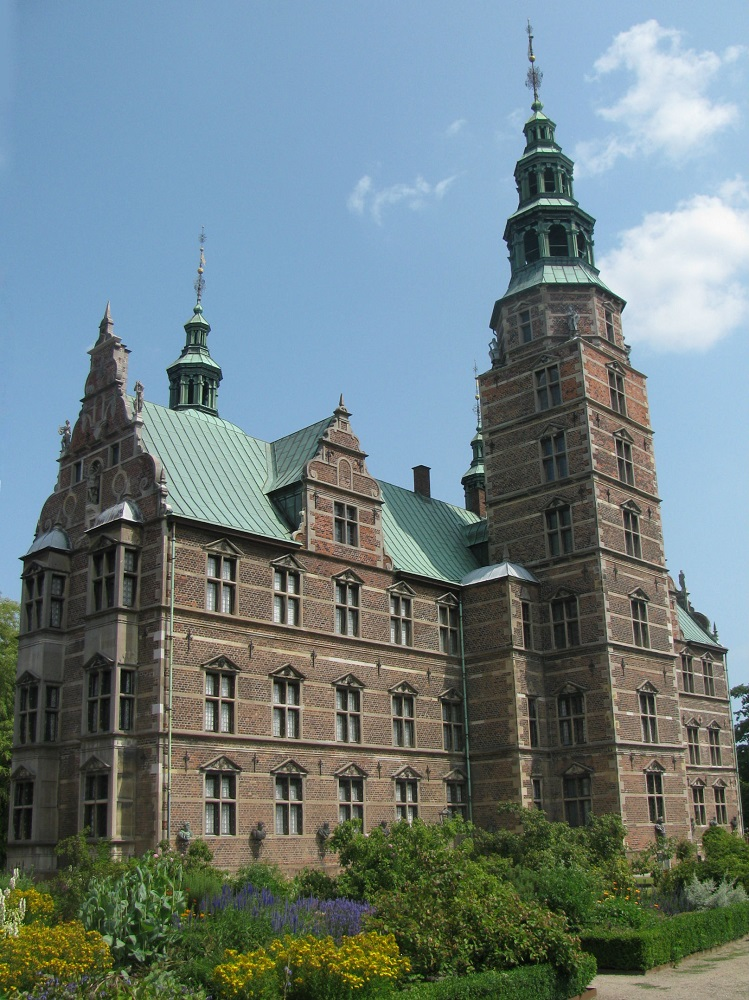 De achterzijde van Rosenborg Slot te Kopenhagen