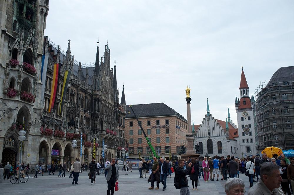 Altes en Neues Rathaus aan het Marienplatz te München