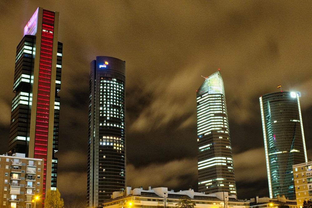 De Cuatro Torres: Cepsa, PwC, Cristal en Espacio te Madrid