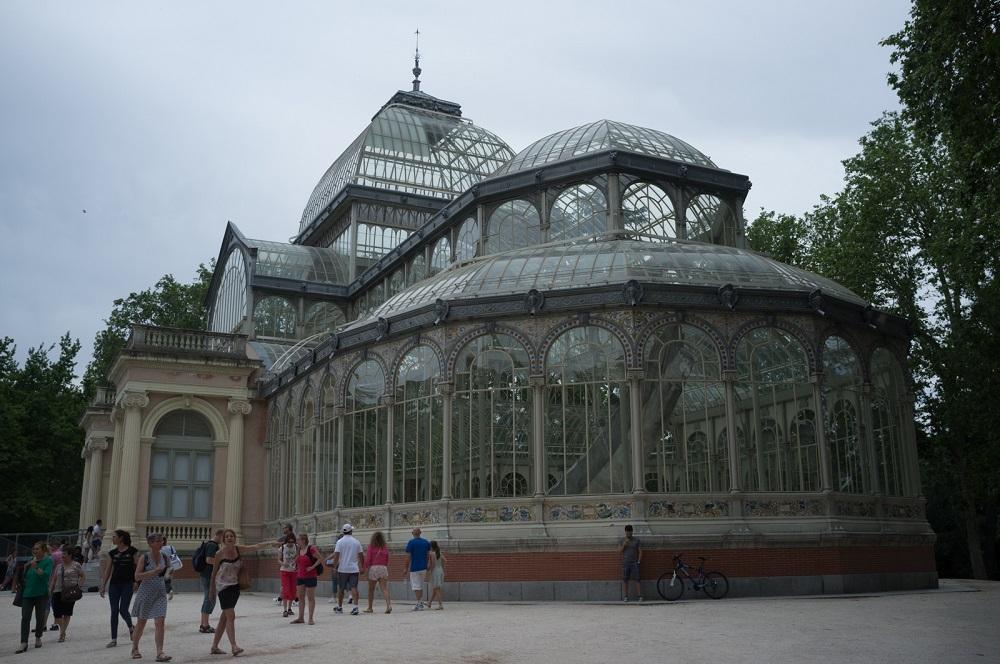 Het kristal paleis (Palacio Cristal) in het Retiro park, te Madrid