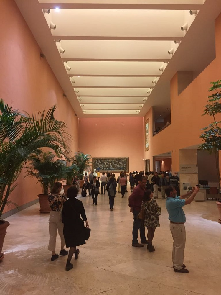 Toegang tot het Thyssen-Bornemisza museum, te Madrid